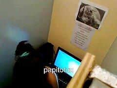 گوزن لاستیکی در بیدمشک عوضی جوان كانال سكسي در تلگرام سر می خورد